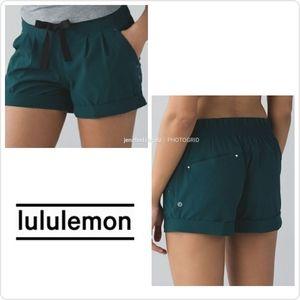 "Lululemon Deep Green 3"" Spring Break Away Short 8"